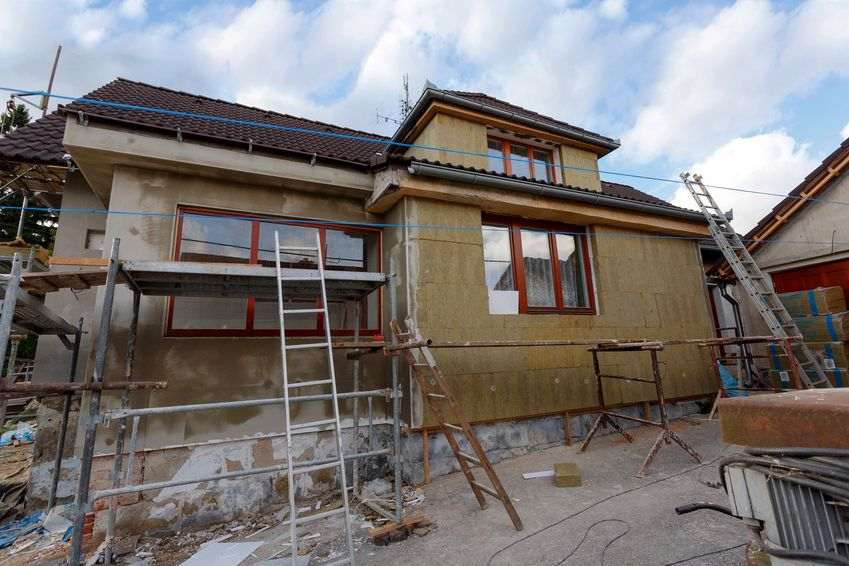 Rekonštrukcia nehnuteľnosti a hypotéka - na čo si treba dať pozor?